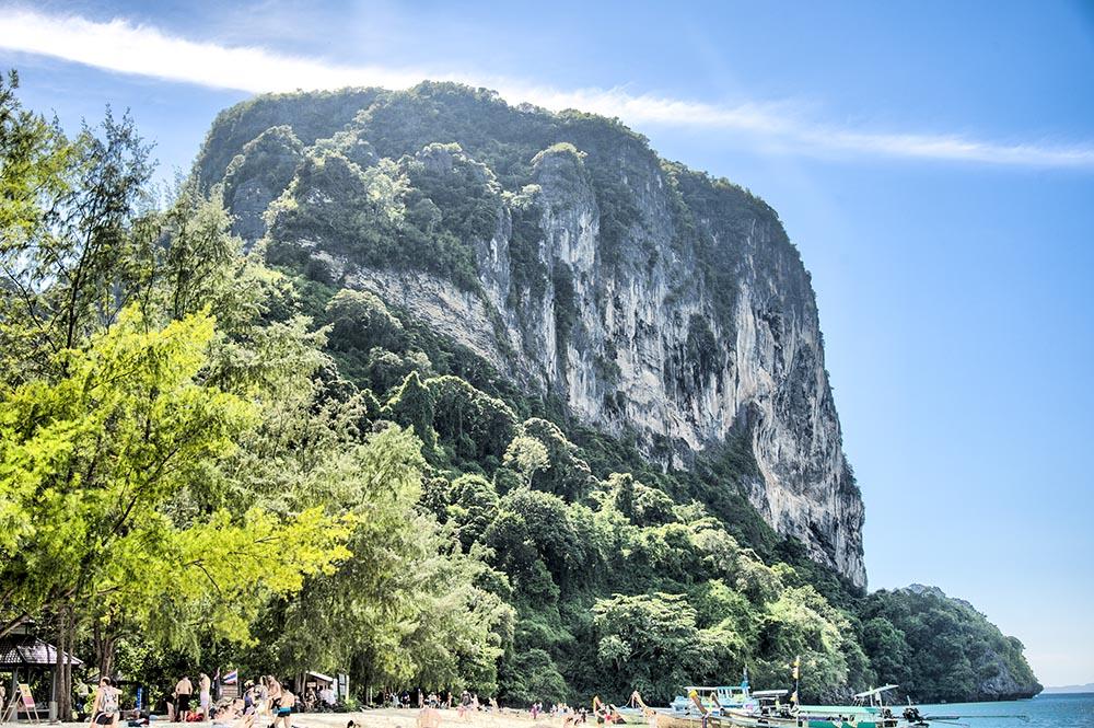 phi phi island krabi thailand boat tour