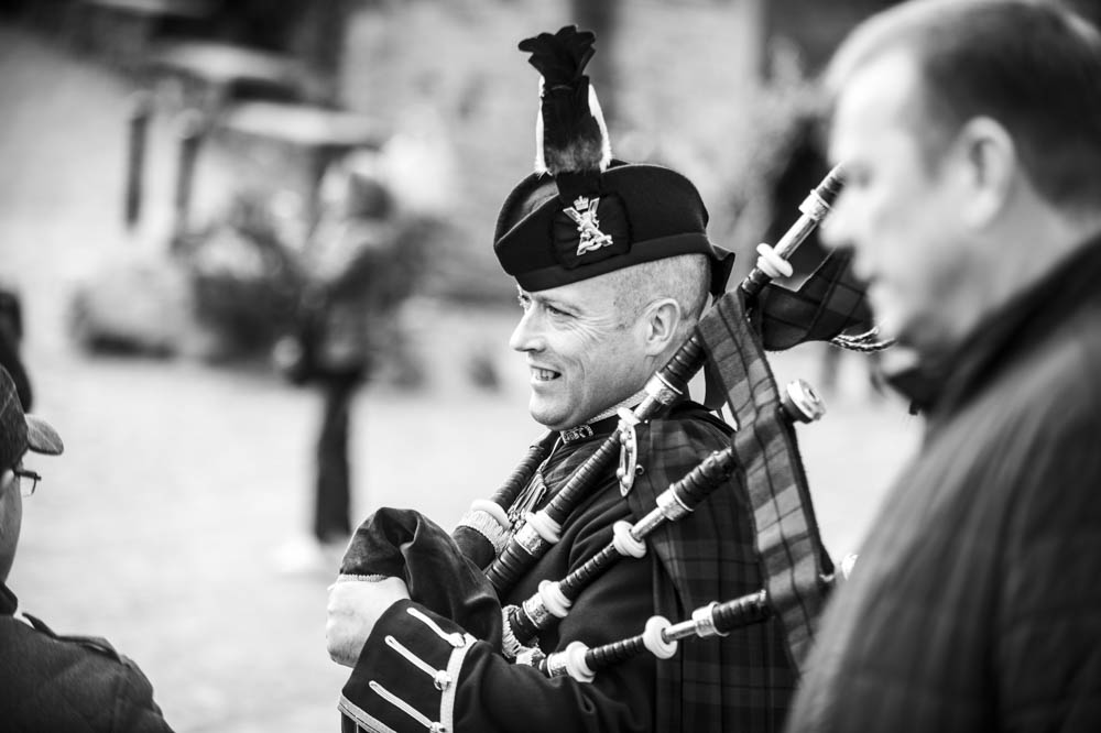 st margarets chapel edinburgh castle wedding