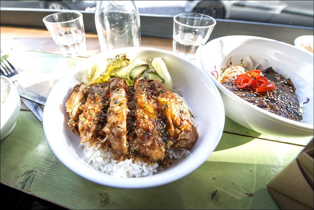 Ting Thai Caravan Restaurant Review
